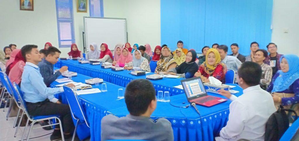 PKM: Tingkatkan Kualitas Penelitian Dengan Pelatihan