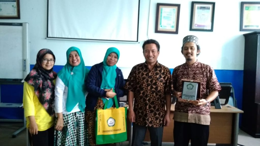 Universitas Khairun Studi Banding ke Laboratorium Mini Bank